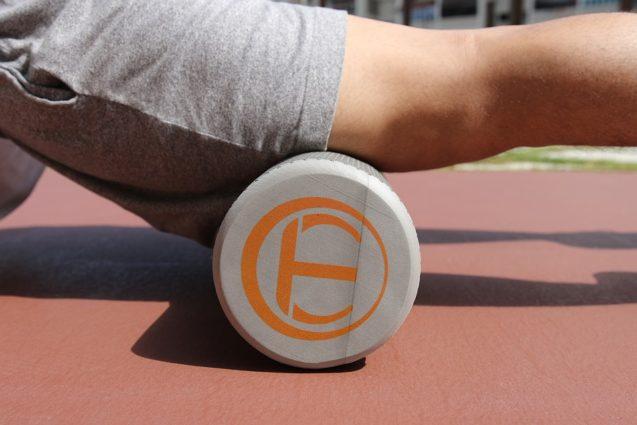 Exercitiile cu rola de spuma (foam roller) – benefice si in endometrioza